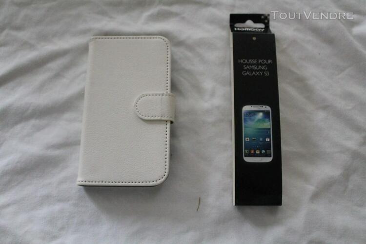 Housse de téléphone blanc samsung galaxy s3 + porte carte