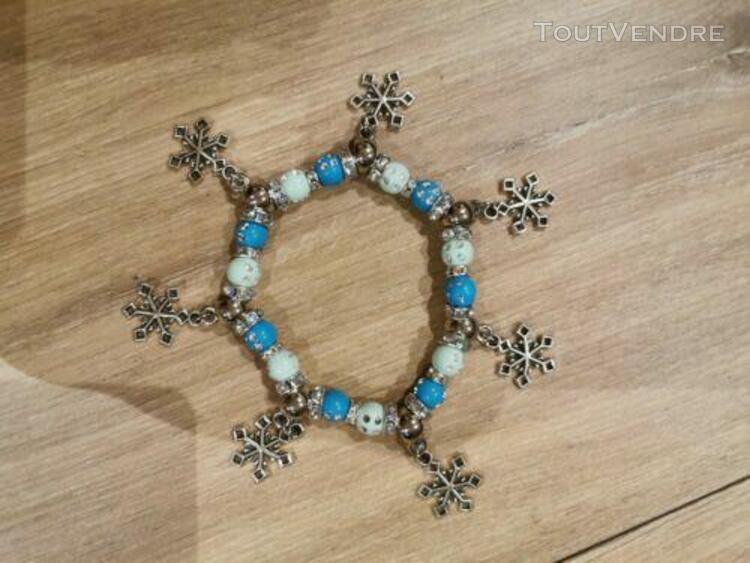 Bracelet perles breloques étoiles neige noël