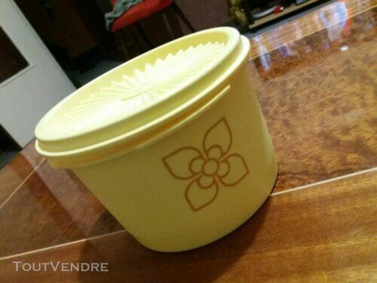 Petite boîte tupperware vintage soleil