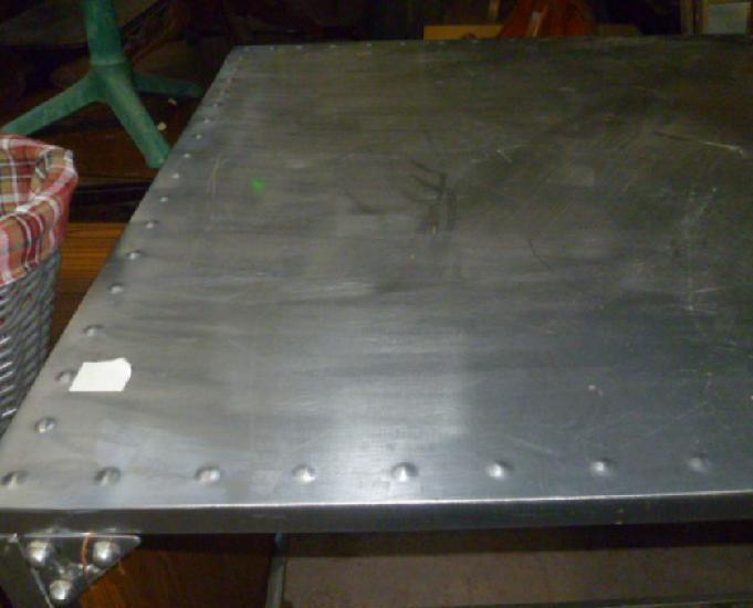 Table haute métal neuve