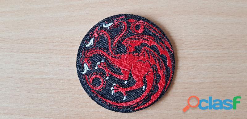Ecusson brodé game of throne maison targaryen dragon tricephale diamètre 7 cm thermocollant
