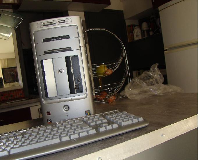 Pc e bureau complet avec tour, écran plat, clavier sup