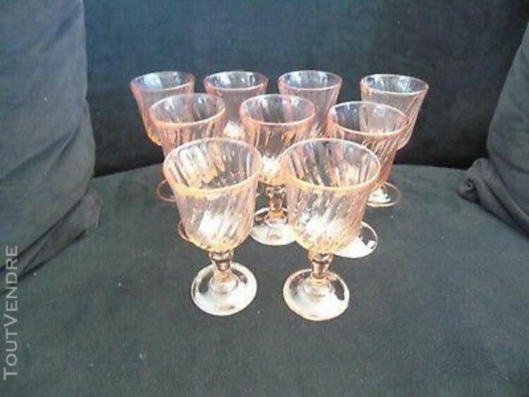 9 verres à vin rose art déco décor tournant