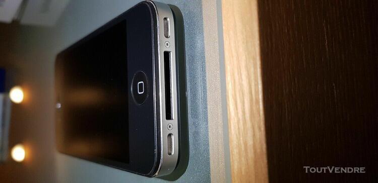 Smartphone apple iphone 4s noir 8go débloqué batterie