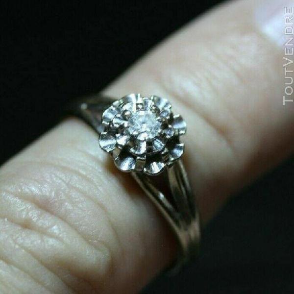 Bague fiançailles mariage diamant solitaire serti sur
