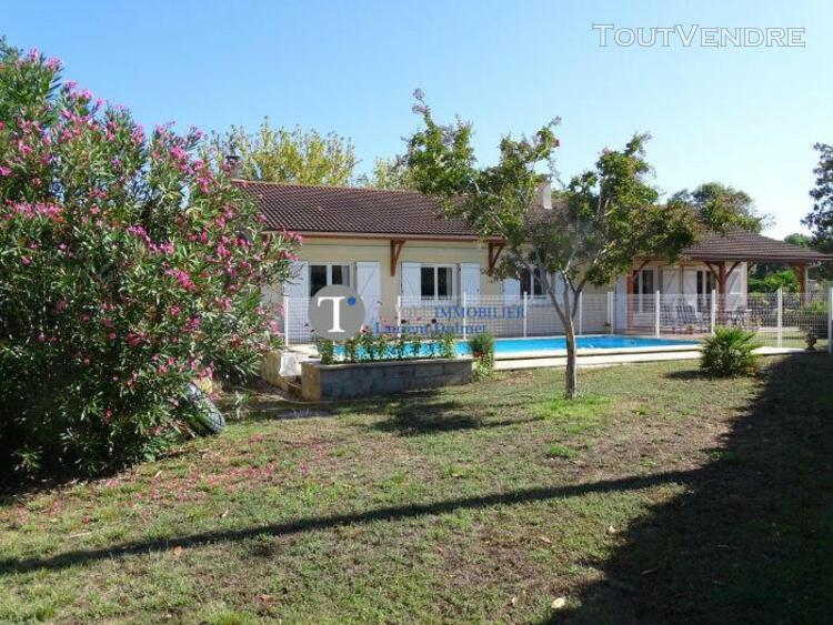 Maison, 175 m2, 4 chambres, piscine sur terrain 2400 m2
