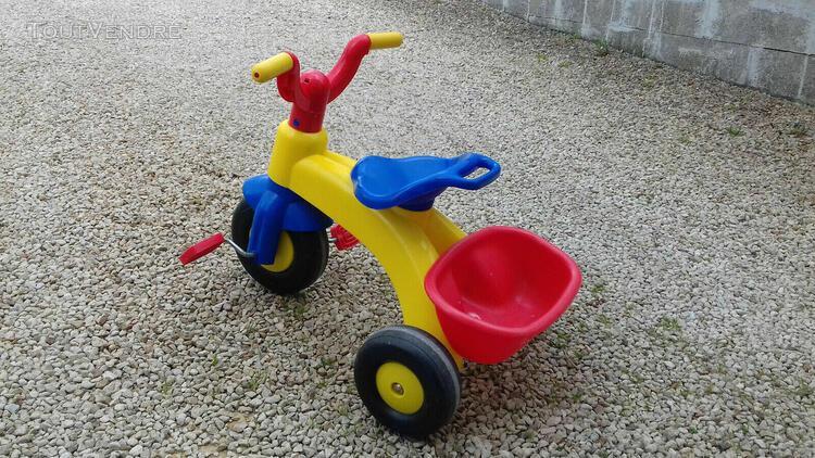 Tricycle enfant 18-36 mois + benne + garde-boue avant multic