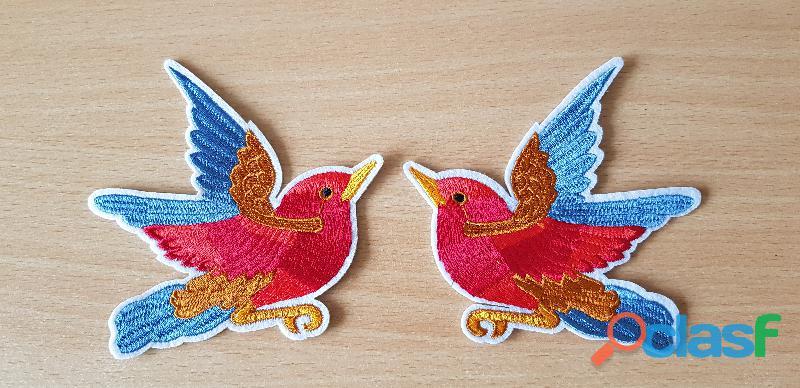ecusson brodé paire d'oiseaux 11x11 cm bleu, marron, rouge, or thermocollant