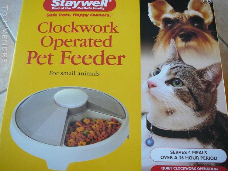 Mangeoire à horloge pour petit animaux
