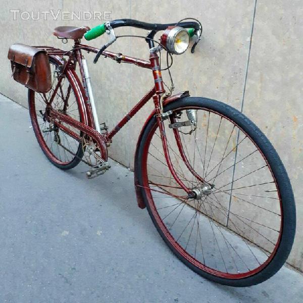 Bike vintage saint etienne cycles france 1910s color burgund
