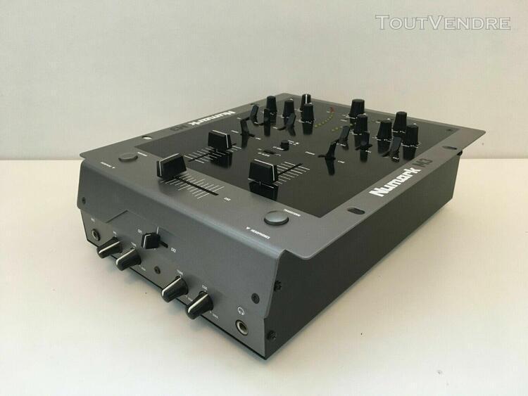 Table de mixage dj console dj numark m3