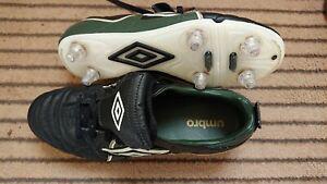 Chaussures de football umbro pointure 38,5