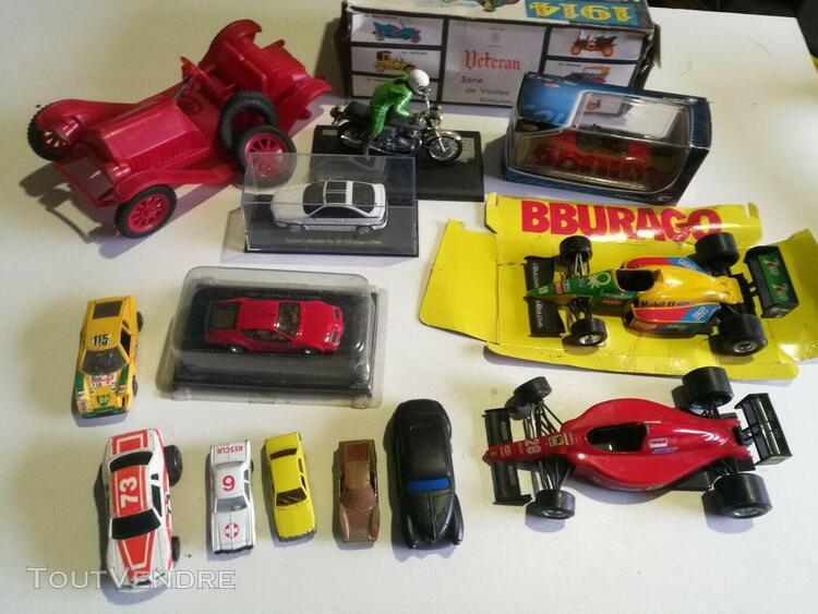 Lot de voitures miniatures bugaro norev