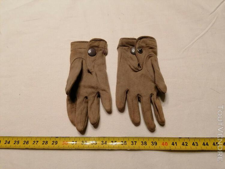 Petits gants pour poupée ancienne - 12 cm environ de