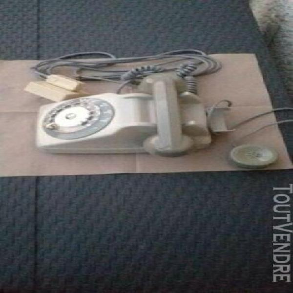 Ancien téléphone - ptt - 1970- cadran--vintage-s 63 soco