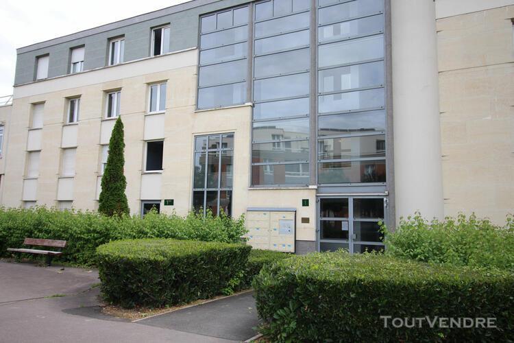 Appartement montigny le bretonneux 1 pièce(s) 39 m2