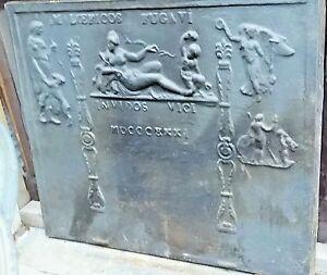 Grande plaque de cheminée décor gothique 18 ème haut 83