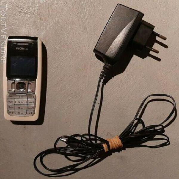 Téléphone portable nokia 2310 - français - batterie +