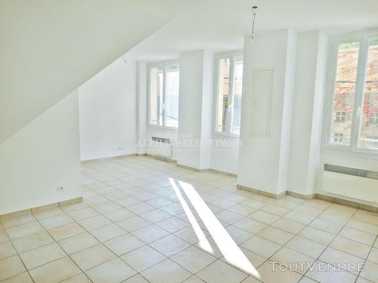 Appartement cogolin 3 pièce(s) 57.52 m2