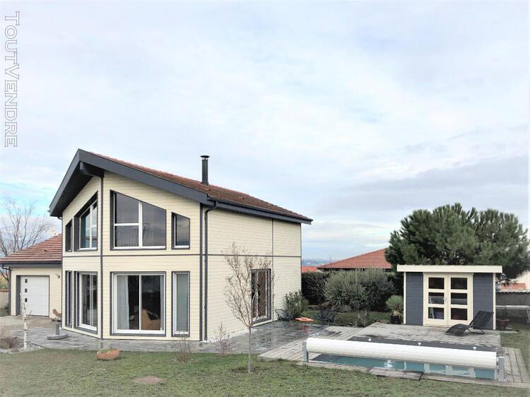 Belle villa contemporaine 122 m² entre farnay et rive de
