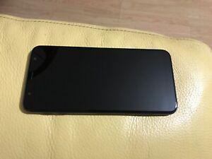 Telephone portable samsung galaxy j6 couleur noire dans sa