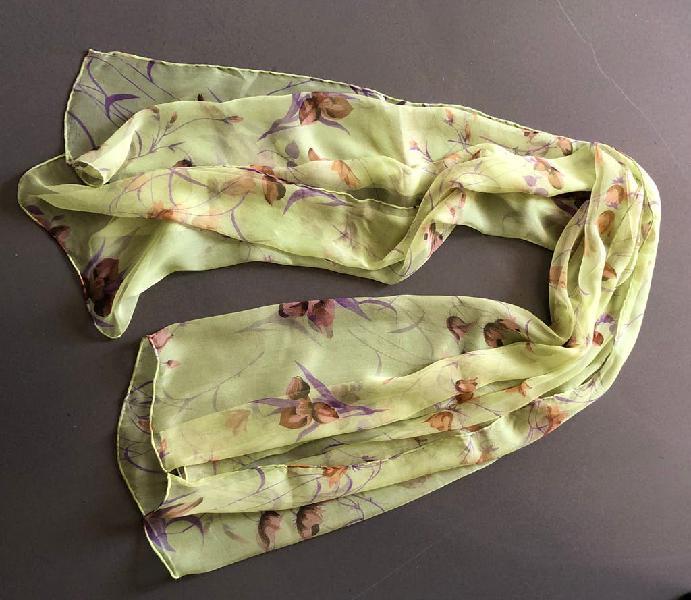 Tole echarpe en mousseline de soie imprimée neuf