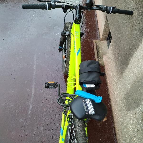 vélo tout neuf