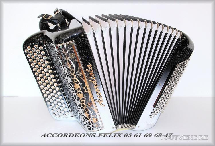 accordeon accordiola 04 compact carbone.