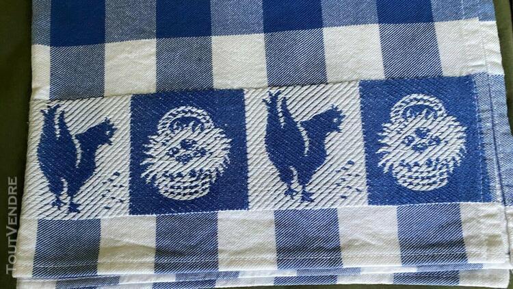 4 torchons anciens brodes de poules et paniers/4 antique