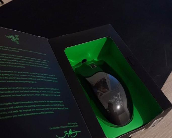 Accessoires informatique souris razer diamondback chroma