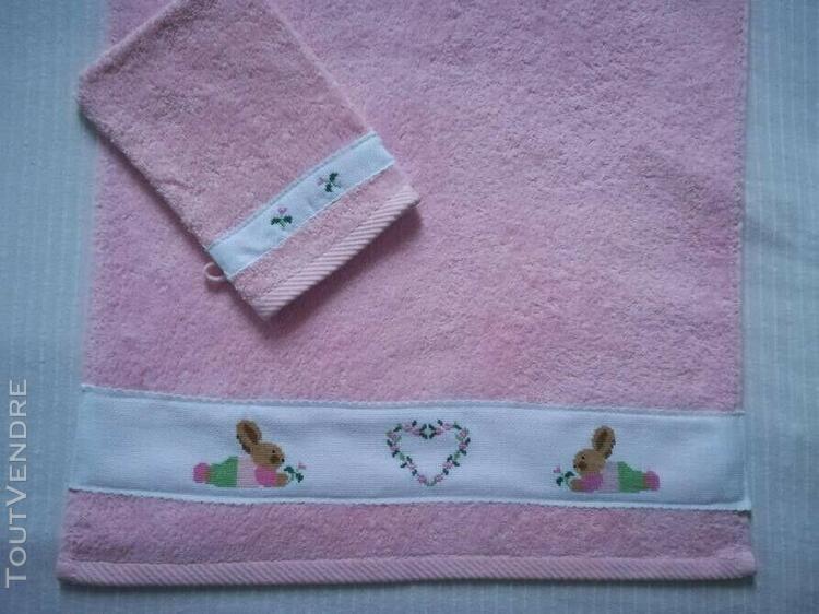 """ensemble serviette et gant de toilette """"les lapins roses"""" br"""