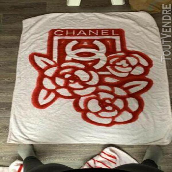 serviette de bain chanel