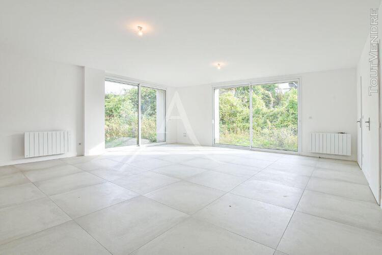 maison 5 pièces de 149.61 m² avec jardin