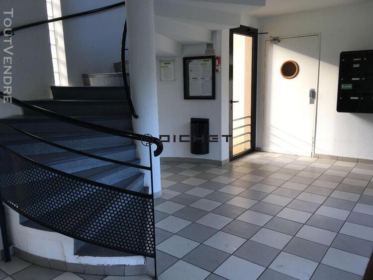 Sud angoulême, agréable appartement t2 avec balcon