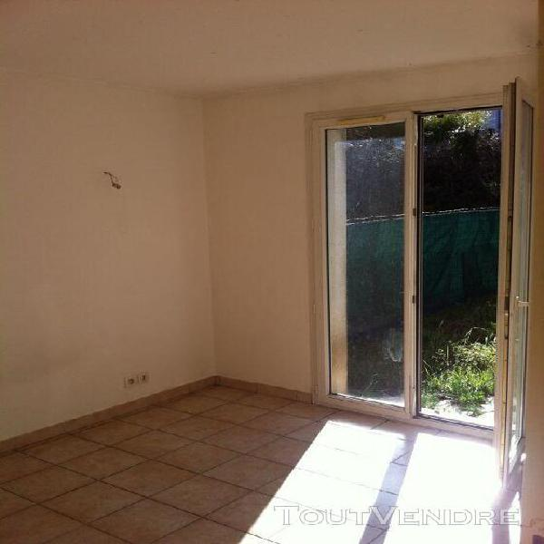 type 2 brignoles 38 m2 avec terrasse et jardin