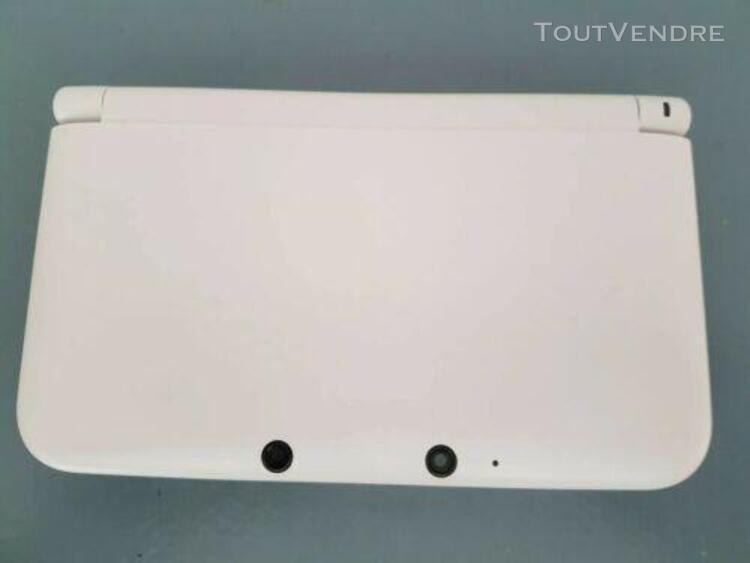 Nintendo 3ds xl blanche +4 jeux +housse+chargeur double