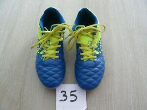 Crampons chaussures de football pointure 35 très bon état