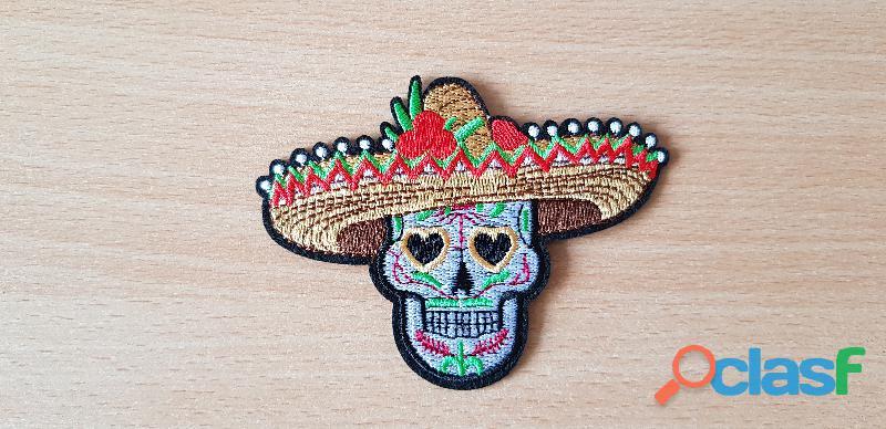 Ecusson brodé tête de mort mexicaine sombrero 10,5x8 cm thermocollant, pas besoin de couture