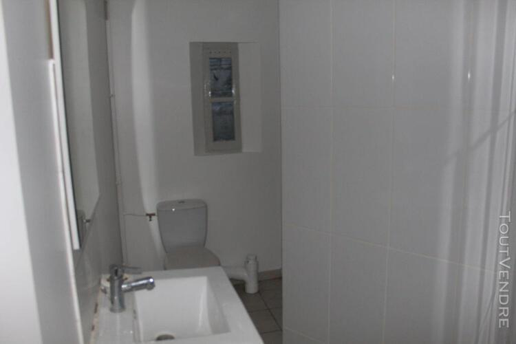 joigny, appartement f2 refait entièrement à neuf