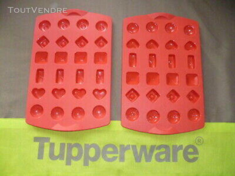 Moules silicones *** tupperware *** comme neuf