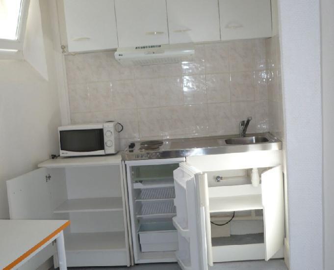 riom-studio meublé-22m² neuf 388+30euros