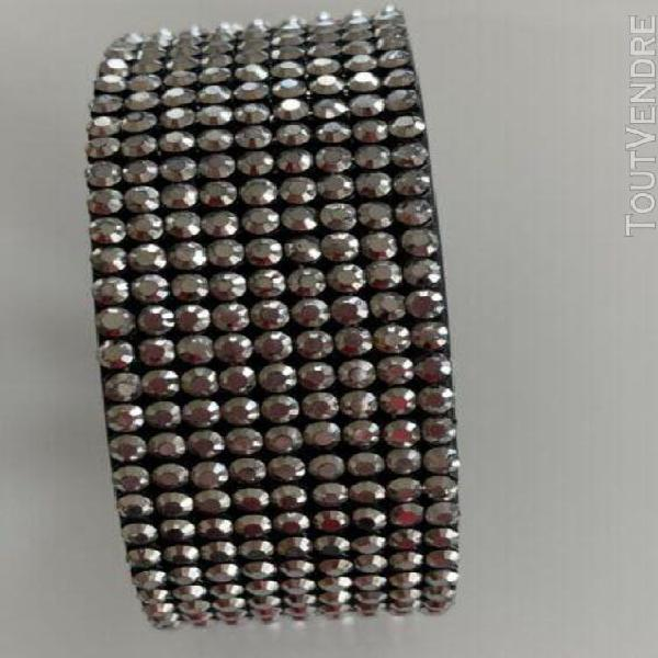 Bracelet daniel swarovski cristaux et cuir en très bon