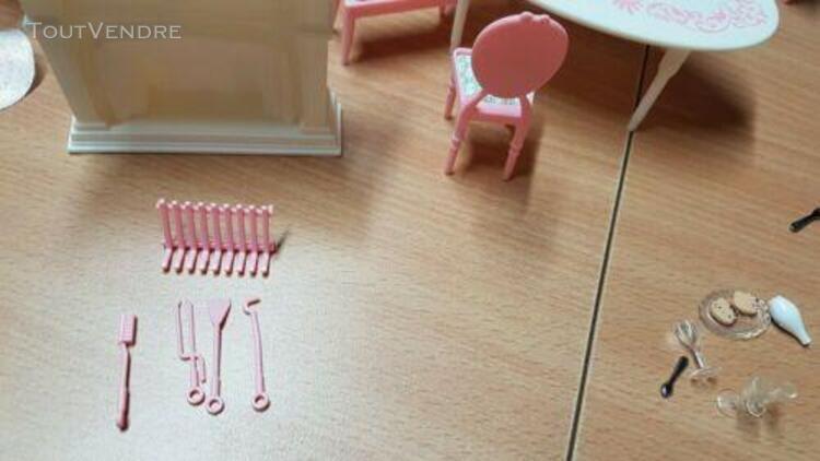 Hello kitty salle à manger dining mobilier maison poupée