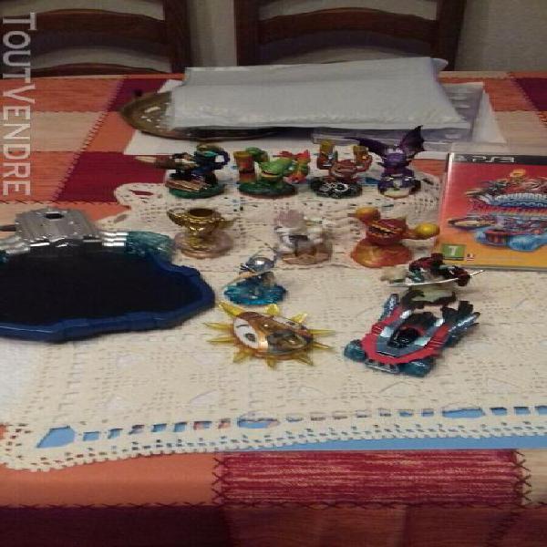 jeux complet ps3 + lots de 11 figurine + portail+ cd