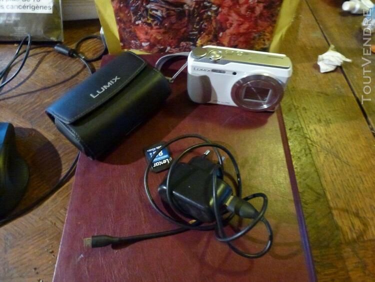 pack panasonic lumix tz 55 chargeur,carte sd,pochette etat