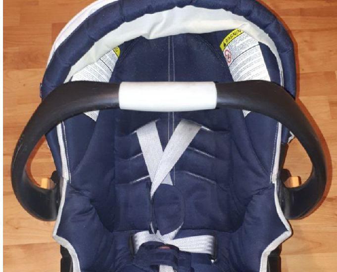 Cosy bébé et siège auto chicco modèle simplicity