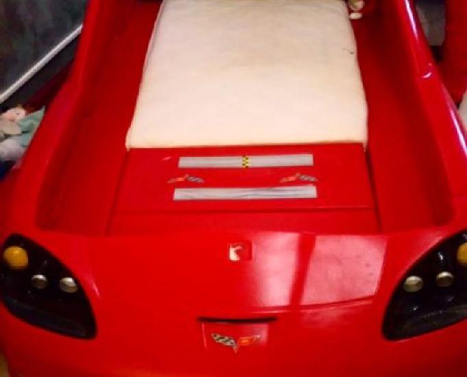 Lit design forme voiture corvette