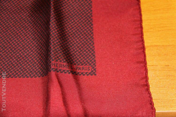 Pochette soie hermès rouge 40x40 cm