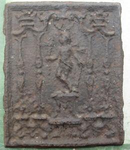 Ancien original plaque cheminée fonte faune enfant statue