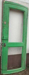 Boiserie....ancienne porte galbée, grillagé h 225 cm en